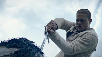 une-premiere-bande-annonce-pour-king-arthur-legend-of-the-sword
