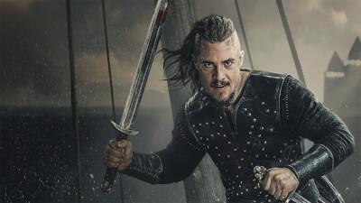 Boite The Last Kingdom : Netflix développe un film nommé 'Seven Kings Must Die' qui sortira après la dernière saison